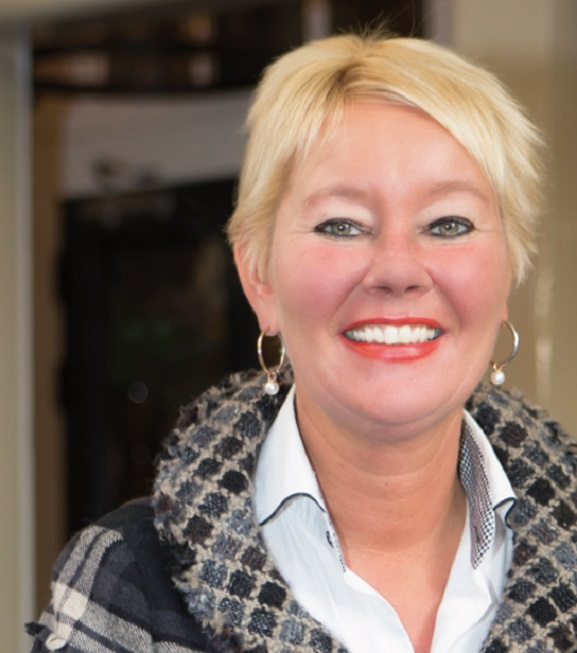 Vrouw in Business: Michèle Hueting - Regio Business - Business ...